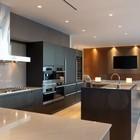 Decora%c3%a7%c3%a3o de cozinha integrada de cobertura triplex em vancouver pelo design de interiores robert bailey