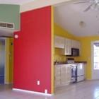 Casa pintada com cores vibrantes2 300x225