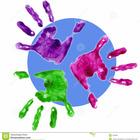 Multi m%c3%a3o colorida com c%c3%adrculo azul 446960